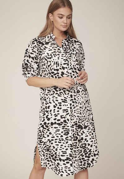 NÜ Shirtkleid »Hanni« Atmungsaktive Viskosemischung, Brusttaschen, schwarz-weißes Leopardenmuster