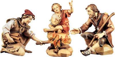 ULPE WOODART Krippenfigur »Hirtengruppe an der Feuerstelle« (Set, 4 Stück), Handarbeit, hochwertige Holzschnitzkunst