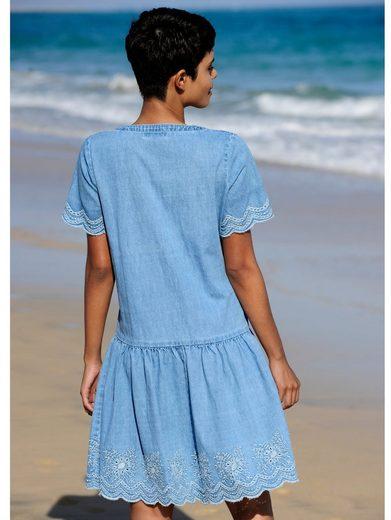 Alba Moda Strandkleid mit Stickerei