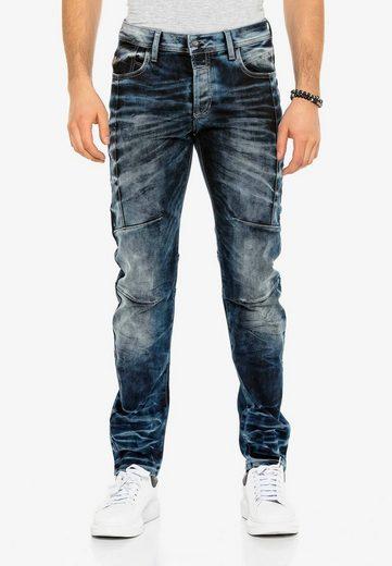 Cipo & Baxx Bequeme Jeans »Thrive« mit cooler Waschung und Ziernähten in Straight Fit