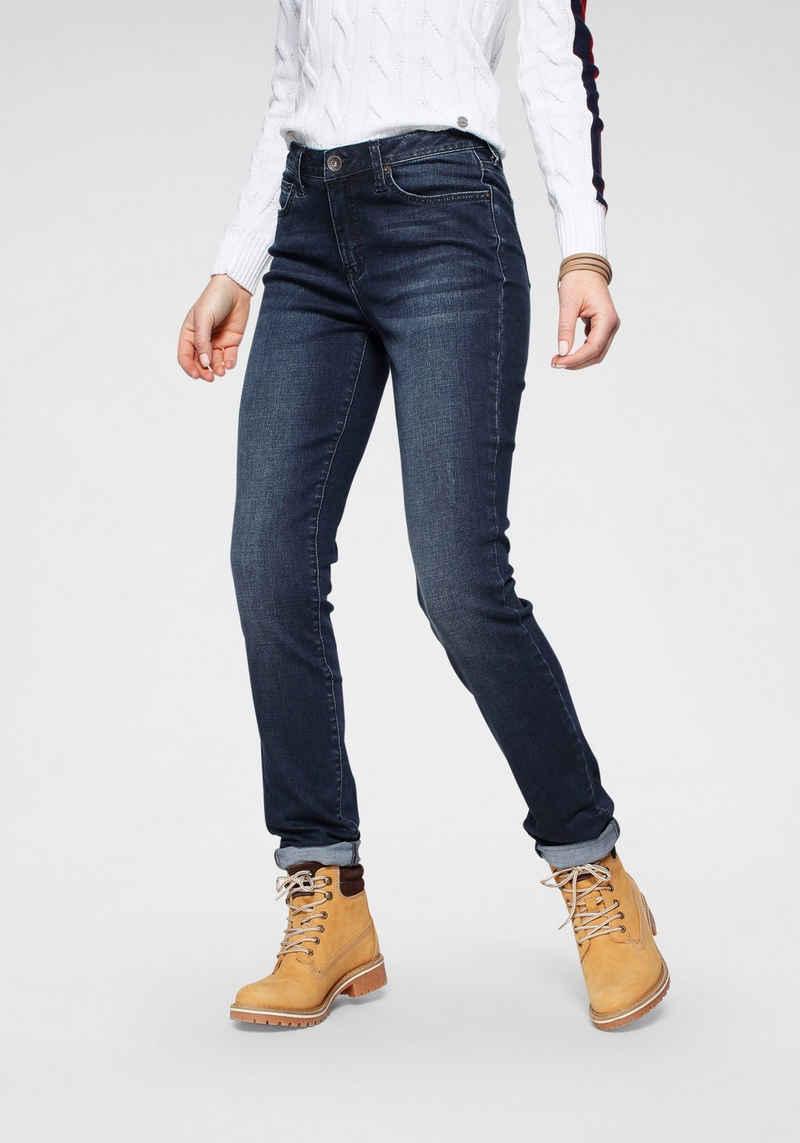 H.I.S Slim-fit-Jeans »High-Waist« Nachhaltige, wassersparende Produktion durch OZON WASH