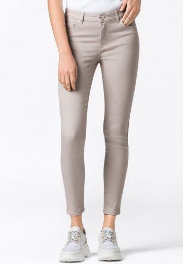 HALLHUBER Regular-fit-Jeans »MIA«