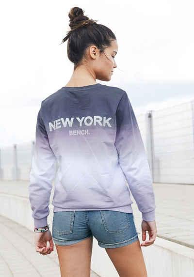 Bench. Sweatshirt weite Form mit großem Rückenprint
