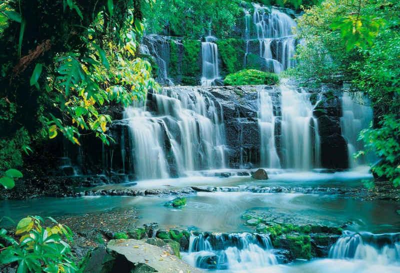 Komar Fototapete »Pura Kaunui Falls«, glatt, bedruckt, Wald, geblümt, (Set), ausgezeichnet lichtbeständig