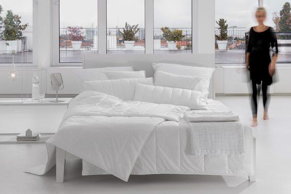 Microfaserbettdecke, »AllergoProtect«, Centa-Star, Bezug: 100% Baumwolle, geprüfte Qualität, ideal für Hausstauballergiker