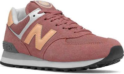 "New Balance »WL574 ""Higher Leaning Pack""« Sneaker mit kontrastfarbenem Markenbadge"