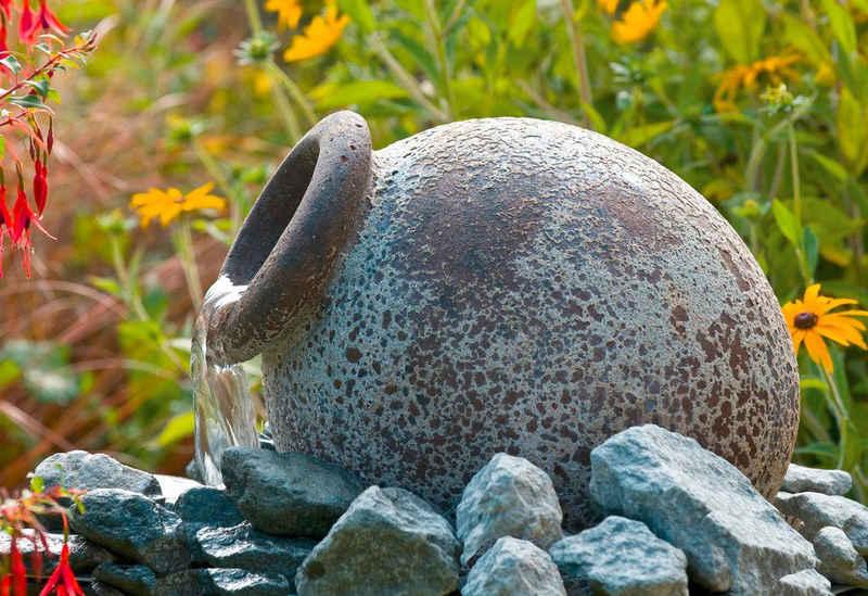 Ubbink Gartenbrunnen »Orange«, 21 cm Breite, Wasserbecken BxT: 40x40 cm, (Amphore; Pumpe: 900 l/h, 18 W, 230 V; Becken; Abdeckrost; 10-m-Kabel; Anschlussmaterial)