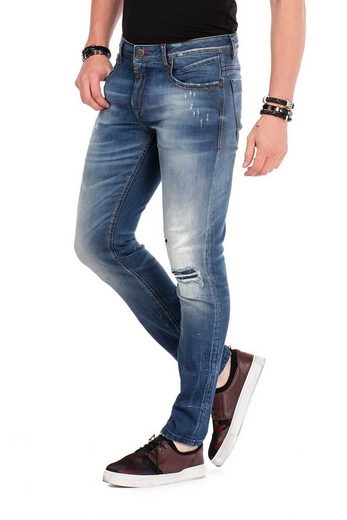 Cipo & Baxx Bequeme Jeans »CD475« im Destroyed-Look n Straight Fit