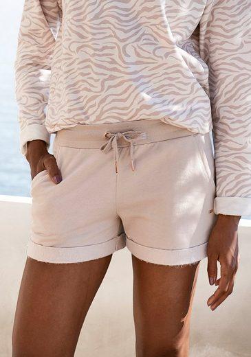 LASCANA Shorts mit Rippbündchen und Umschlagsaum