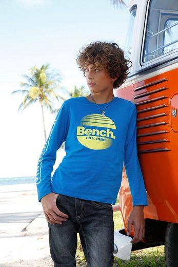 Bench. Langarmshirt »mit tollem Logodruck«