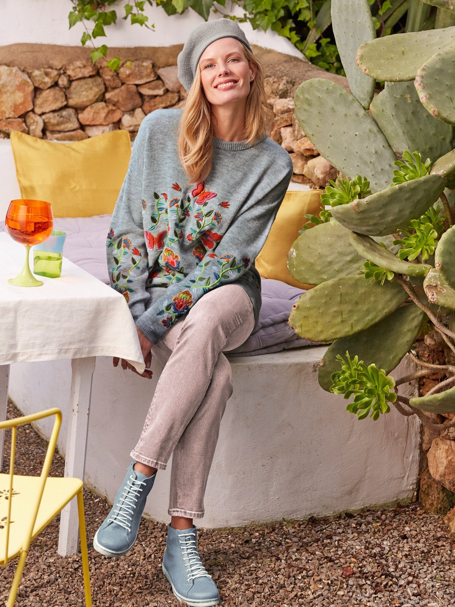 Pullover mit Blumenstickerei mit Blumenstickerei mit Blumenstickerei