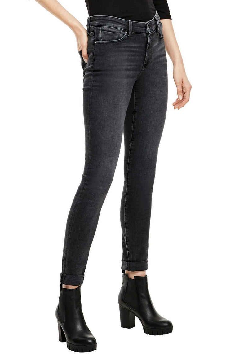 s.Oliver Skinny-fit-Jeans »Izabell« in coolen, unterschiedlichen Waschungen
