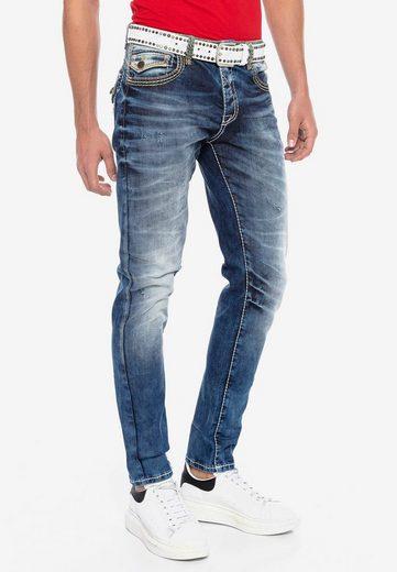Cipo & Baxx Bequeme Jeans in modischer Optik in Straight Fit