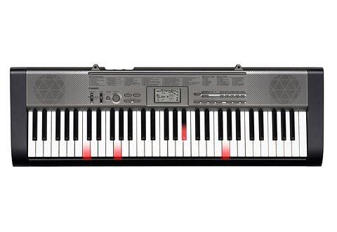 Set: Keyboard, Casio®, »LK-125«, inkl. Ständer, Netzadapter und Liederbuch in schwarz