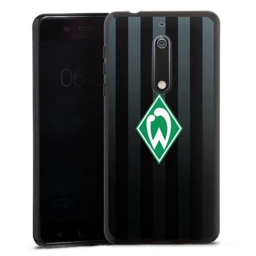 DeinDesign Handyhülle »Werder Bremen schwarz gestreift« Nokia 5, Hülle Offizielles Lizenzprodukt SV Werder Bremen Streifen