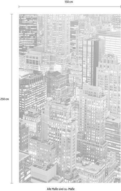 Komar Vlies-Fototapete Night Shift, 150 x 250 cm / 3-tlg.