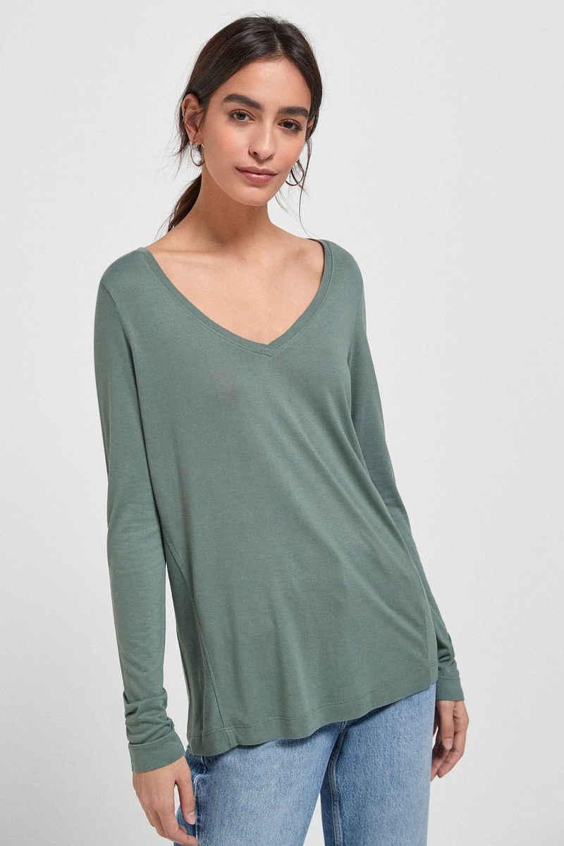 Next Langarmshirt »Legeres, langärmeliges T-Shirt mit V-Ausschnitt« (1-tlg)
