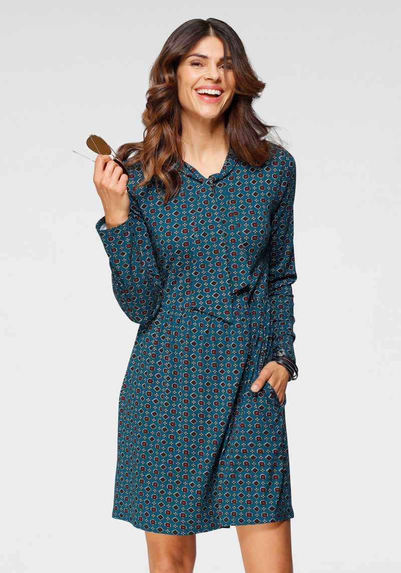 Boysen's Jerseykleid Mit Schluppenkragen und Taschen