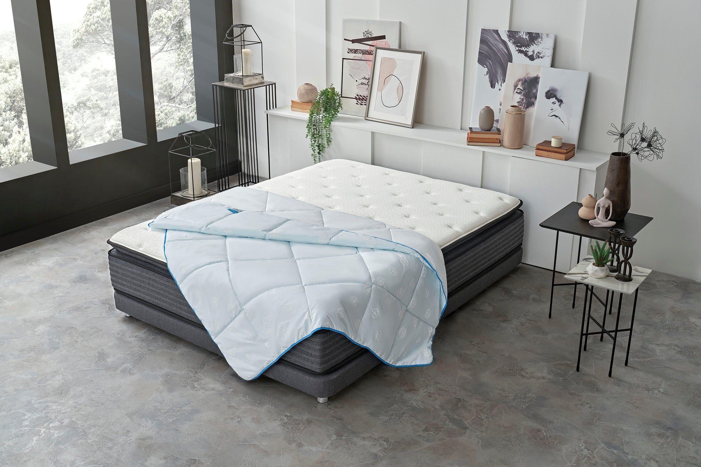 Kunstfaserbettdecke, »Dacron® Climarelle® Cool«, Yatas, Ideale Bettdecke für den Sommer