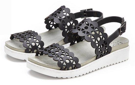 LASCANA Sandale aus Leder mit bequemem Leder-Fußbett und modischen Cut-Outs