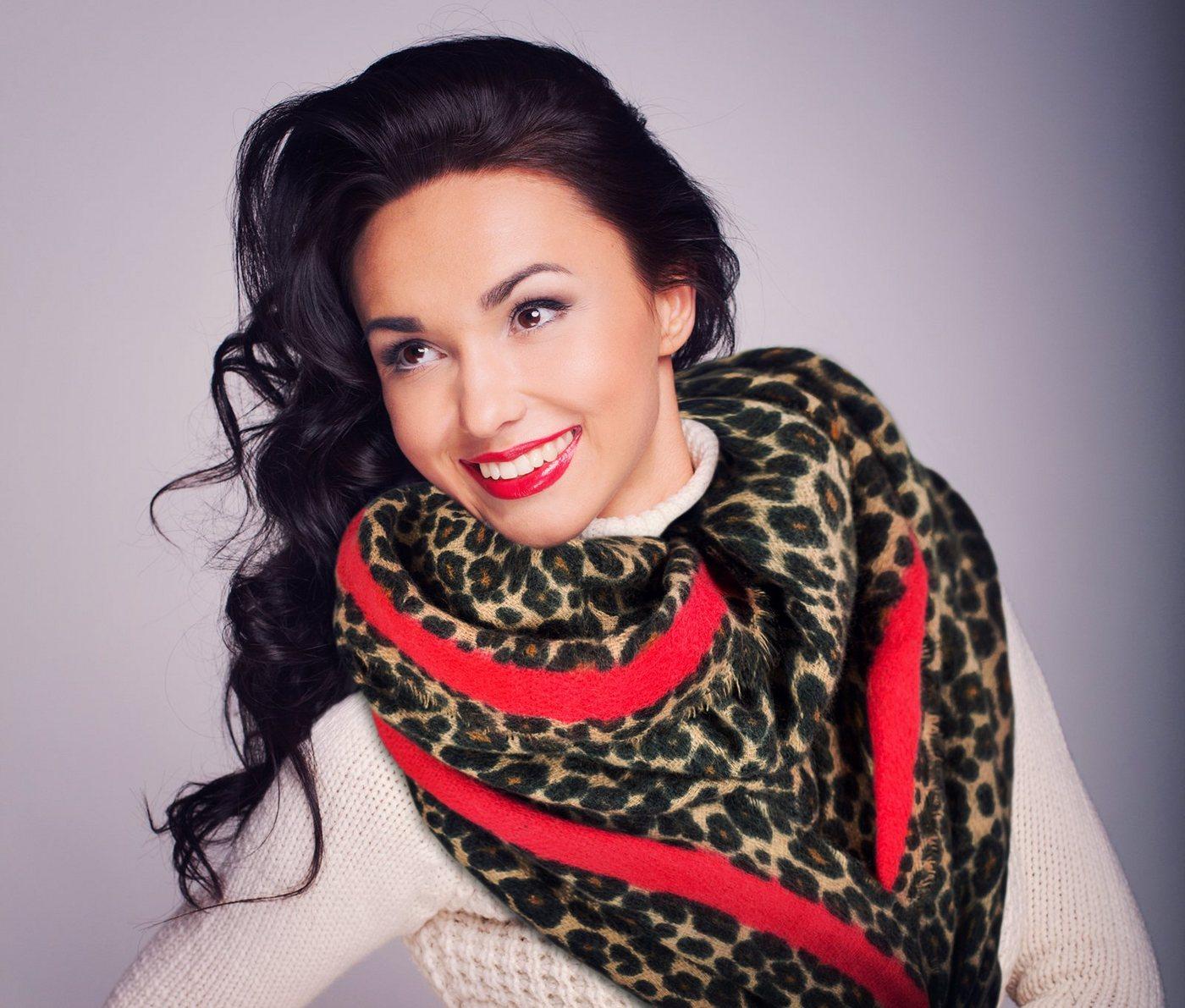 mybeautyworld24 -  XXL-Schal »Oversized Damen-Schal Winterschal beidseitig tragbar mit Leomuster und roten Streifen Animalprint«