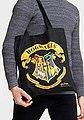 LOGOSHIRT Tasche mit auffälligem Wappen-Print »Harry Potter Hogwarts«, Bild 2