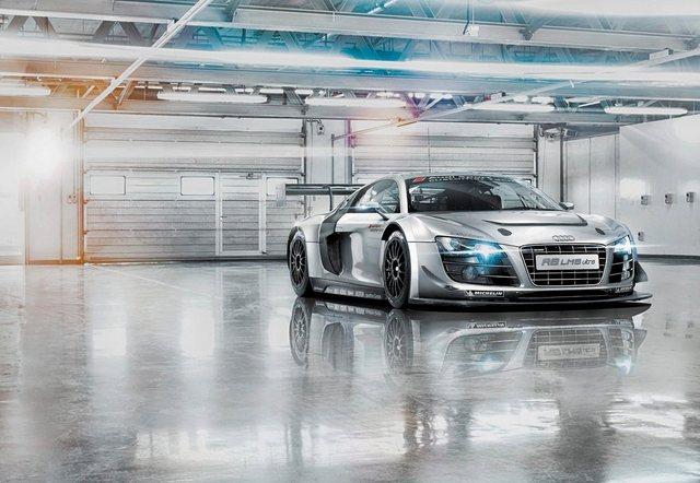 Komar Fototapete, Audi R8 Le Mans, 368/254 cm