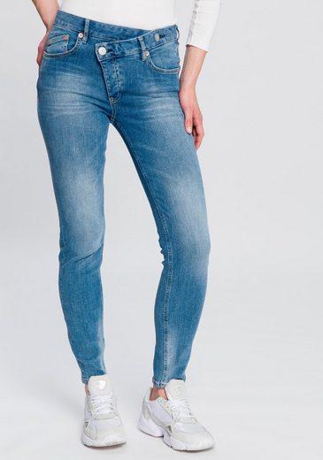 Herrlicher Slim-fit-Jeans »MÄZE SLIM« im Crossover-Look
