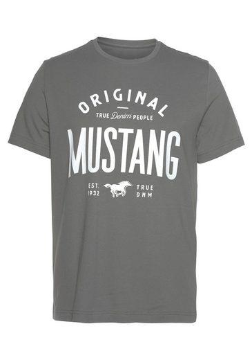 MUSTANG Kurzarmshirt mit Logoprint