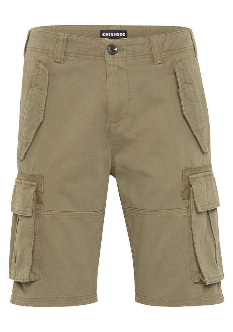 Chiemsee Shorts »mit Pattentaschen und seitlichen Eingriffstaschen« (1-tlg)