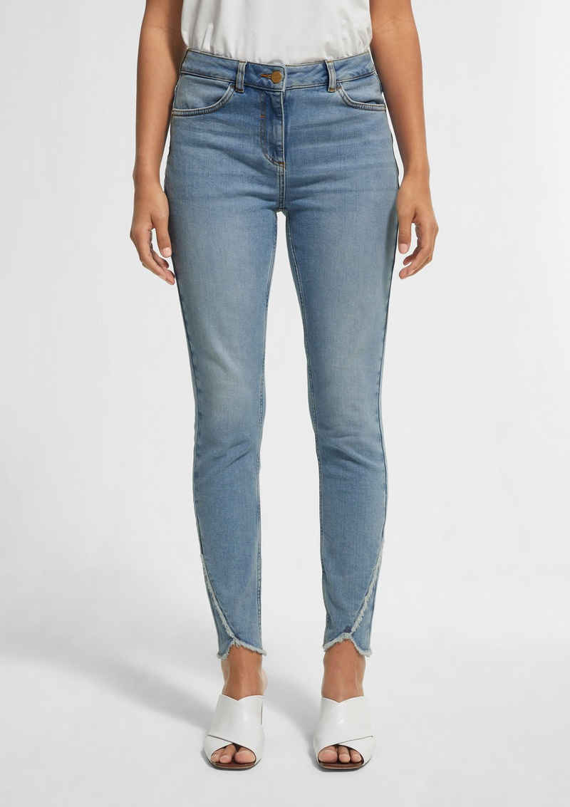 Comma 7/8-Jeans »Skinny Fit: Jeans mit Fransen« Waschung