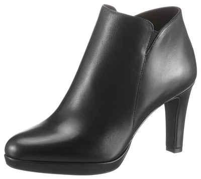 Tamaris »Lucinda« Ankleboots im klassischen Look