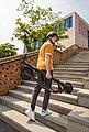ninebot by Segway E-Scooter »Ninebot E25D«, 300 W, 20 km/h, zugelassen laut StVZO, Bild 6