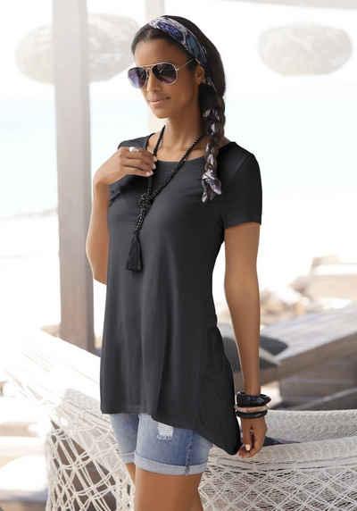 LASCANA T-Shirt mit verlängertem Rückenteil