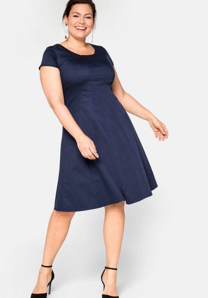 Festtagsmode - Sheego Cocktailkleid in Bahnenform › blau  - Onlineshop OTTO
