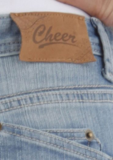 Cheer Caprijeans, in Used-Waschung