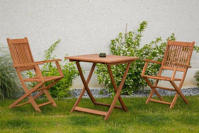 MERXX Gartenmöbel-Set Florenz 3-tgl. aus Eukalyptusholz mit Klappsessel und Tisch 70x70 cm
