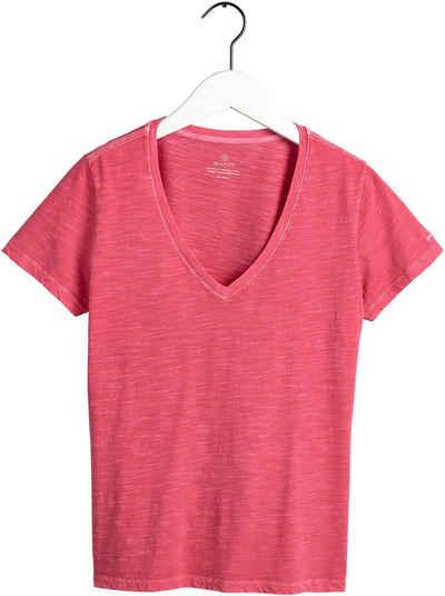 Gant V-Shirt mit kleiner Logostickerei am Ärmel