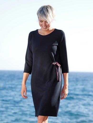 Dress In Kleid in Strukturqualität