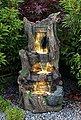 Arnusa Gartenbrunnen »großer Wasserfall Springbrunnen«, (Komplett-Set), mit LED Beleuchtung in Warmweiß, Bild 2