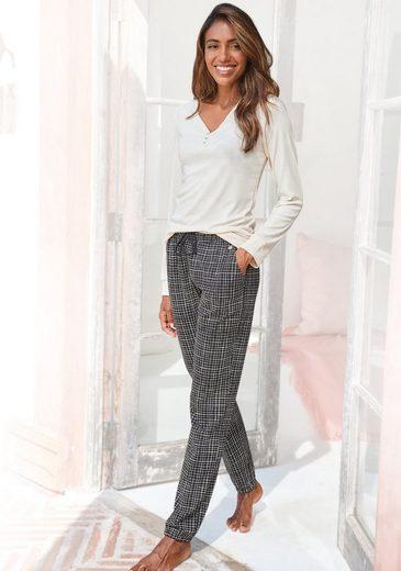 LASCANA Pyjama mit geripptem Langarmshirt