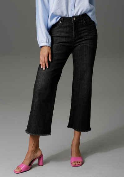 Aniston CASUAL 7/8-Jeans mit leicht ausgefranstem Beinabschluss