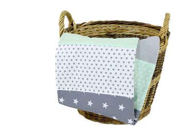 Babydecke »Babydecke Mint Grau 70x100 cm als Kinderwagendecke & Spieldecke (Made in EU)«, ULLENBOOM ®, Aus hochwertiger Baumwolle & Fleece, Design: Sterne, Patchwork