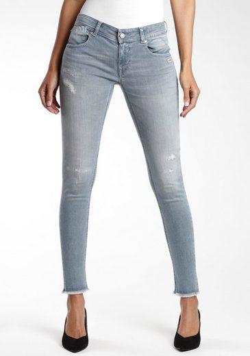 GANG Skinny-fit-Jeans »Faye« mit leicht ausgefransten Saumabschluss
