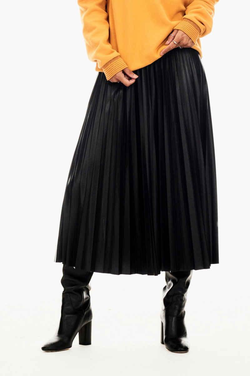 Garcia Faltenrock »T00322 - 60-black« mit elastischem Taillenbund mit Glitzer