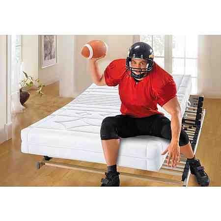Schlafen XXL - hier finden Sie Matratzen, Lattenroste und Bettwäsche in Übergrößen für einen traumhaften Schlaf.