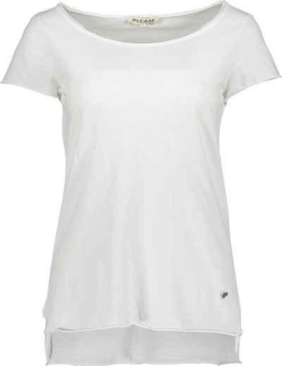 Please Jeans T-Shirt »M00A« mit Please Metal-Label und leicht angeschnittenen Saumabschlüssen