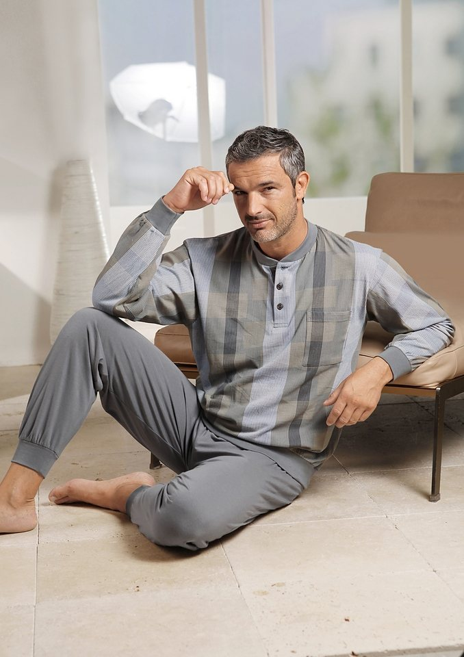 Schlafanzug in grau-bedruckt