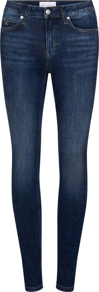 Calvin Klein Jeans Skinny-fit-Jeans »CKJ 011 MID RISE SKINNY« mit Fadeout Effekt, Calvin Klein Jeans Markenlabel & CK Stickerei