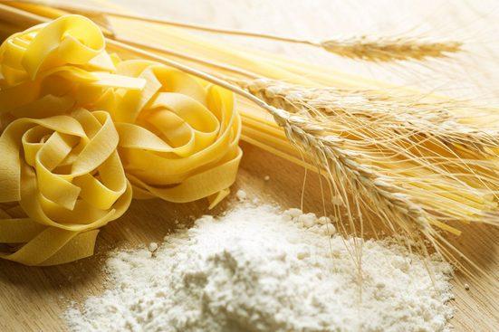 PAPERMOON Fototapete »Pasta«, Vlies, in verschiedenen Größen